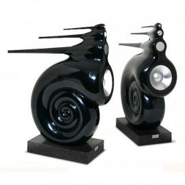 B&W Nautilus Black